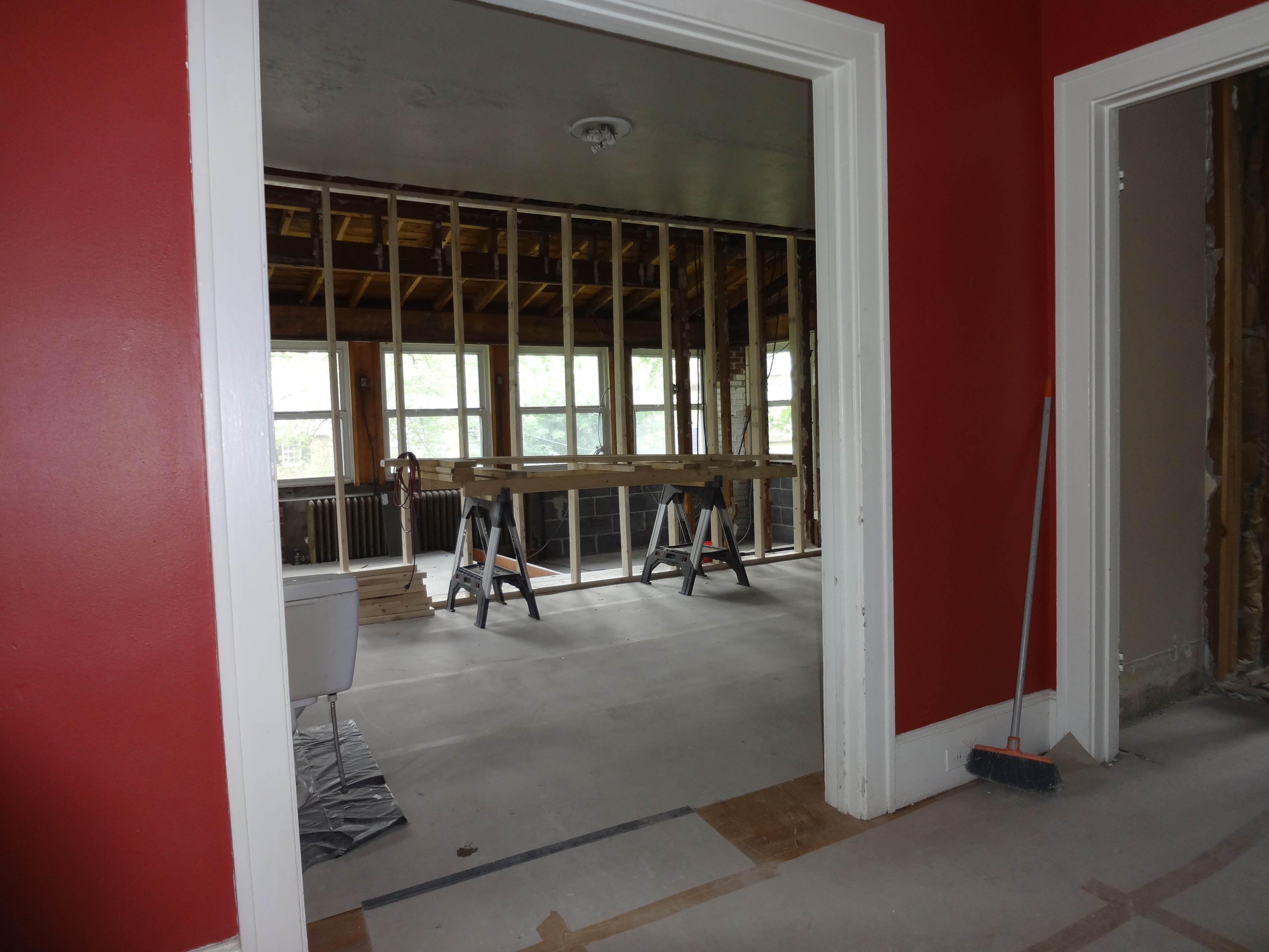 Starting-construction-living-room-Opt