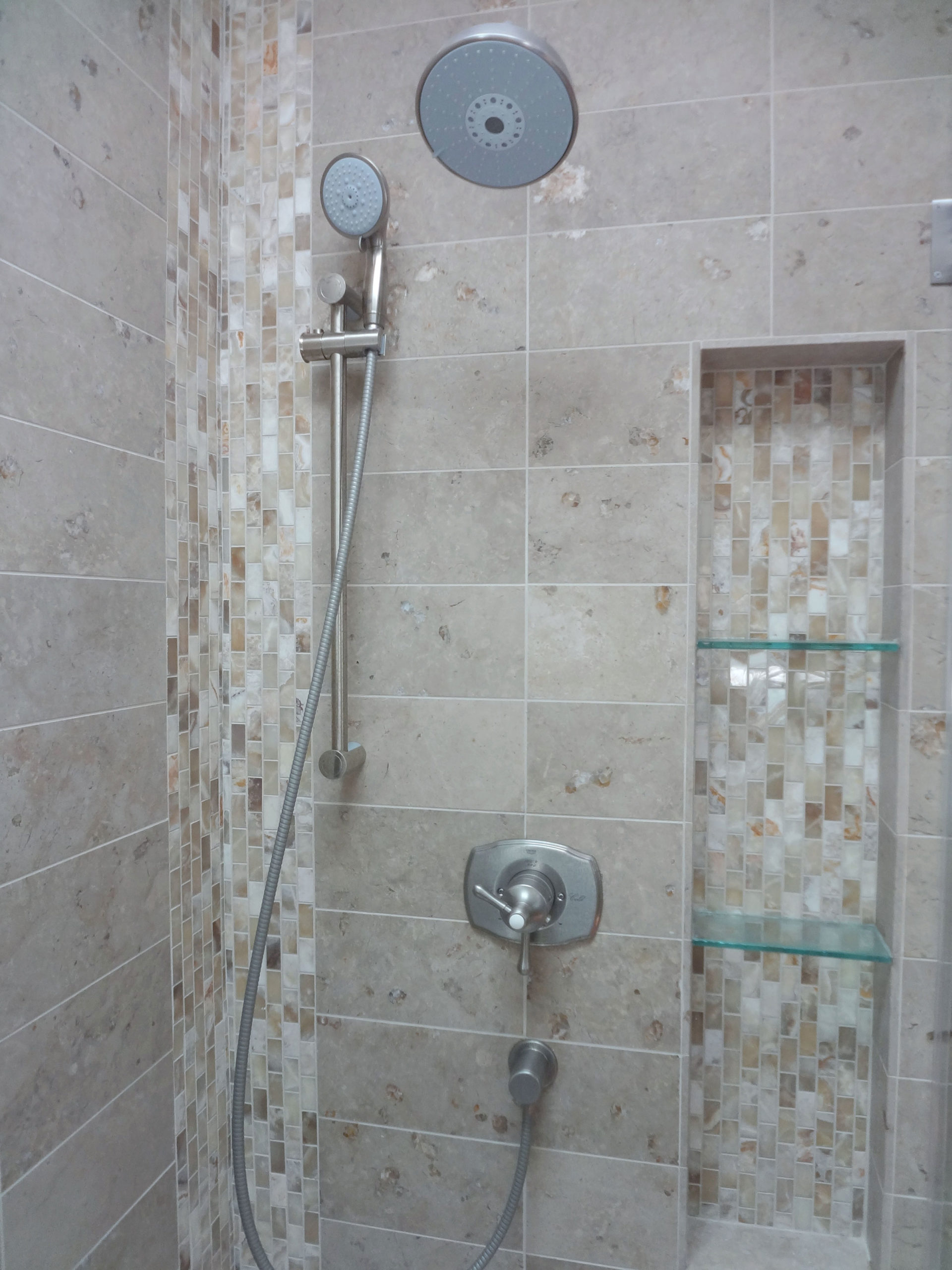 17-bathroom-tile