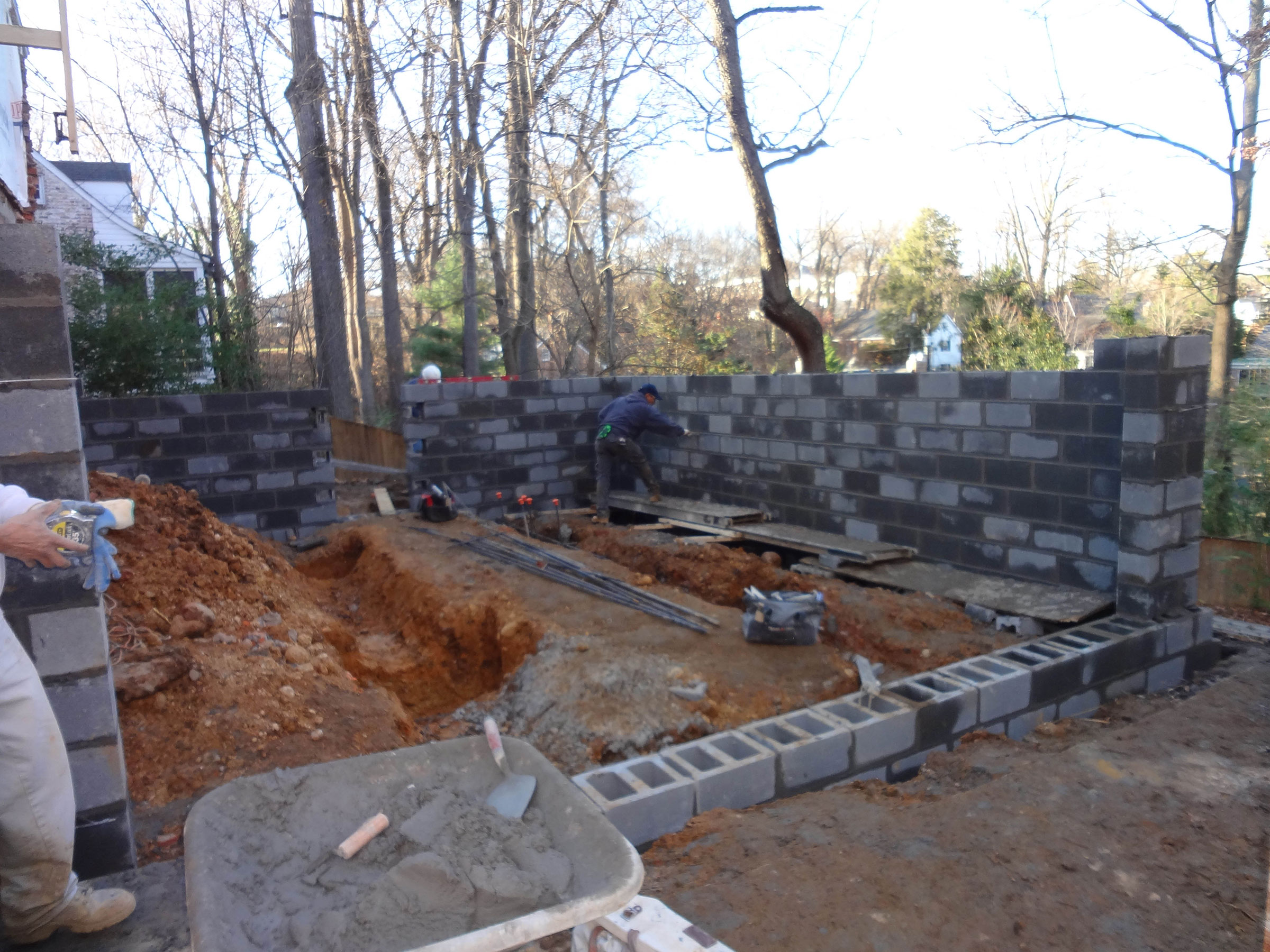 3-foundation-walls