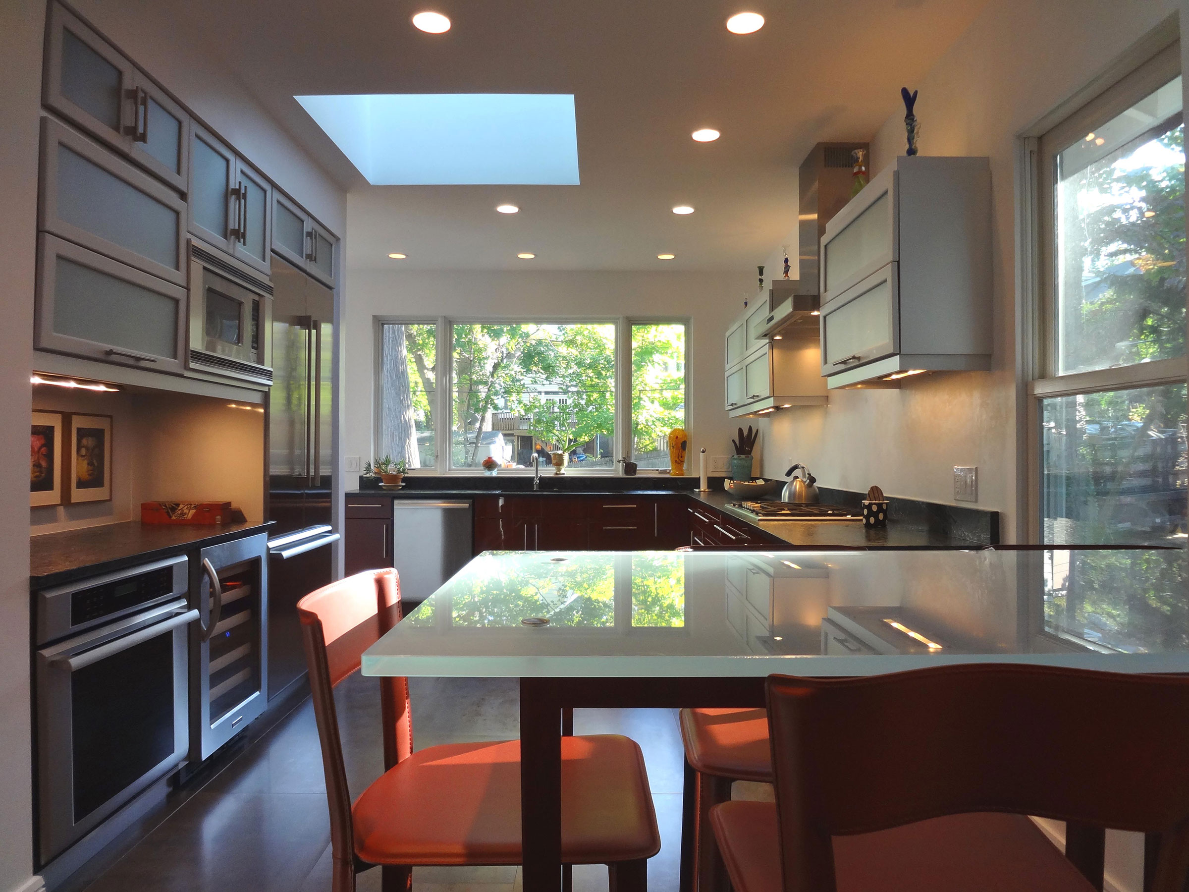 4-Kitchen-looking-out