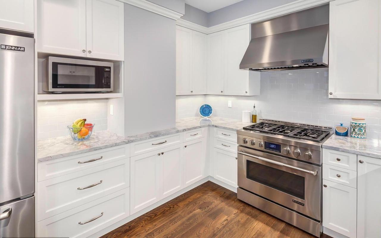 8 Kitchen alt 2 DC8635448_8_0