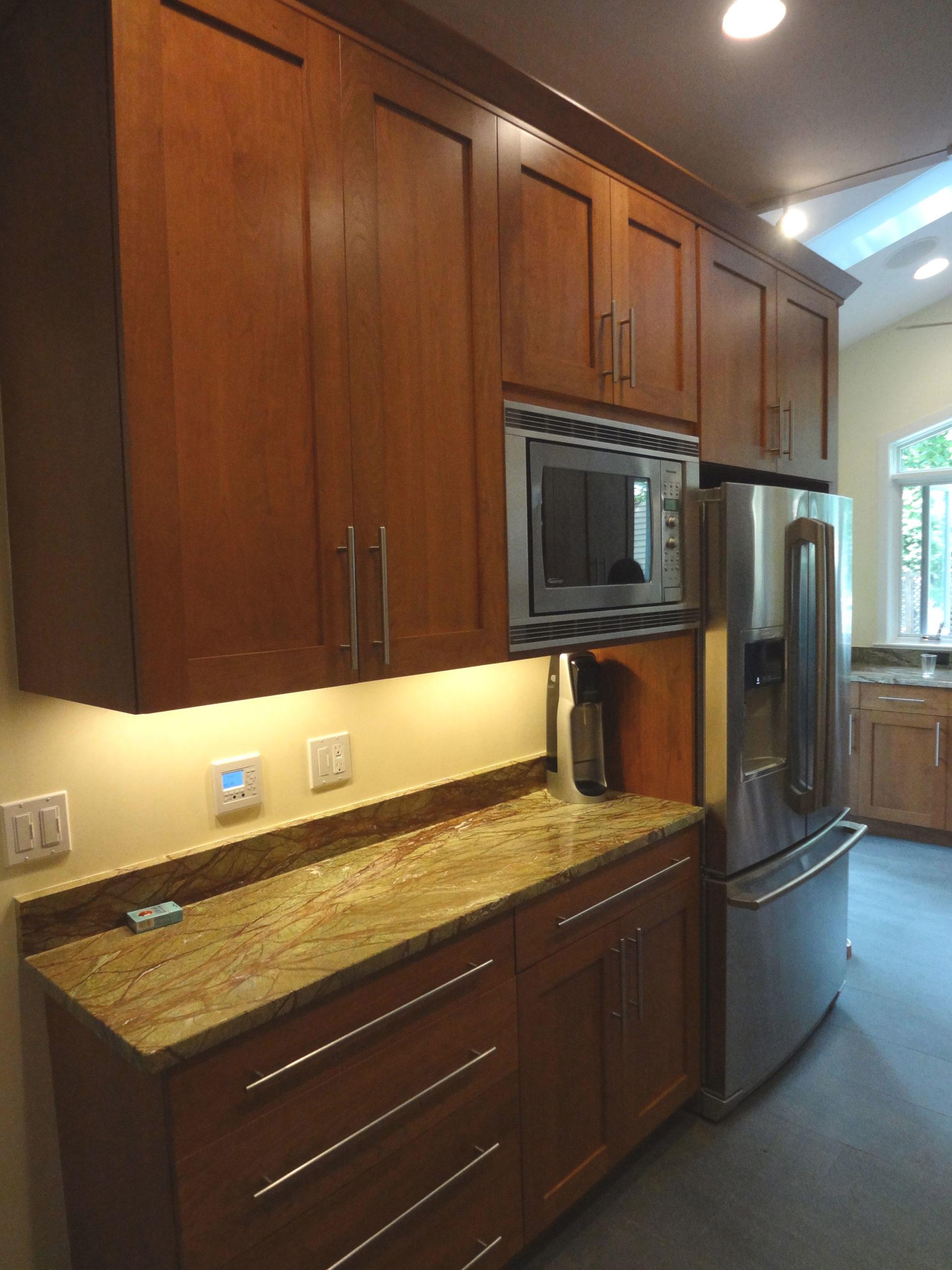 kitchen-fridge-side